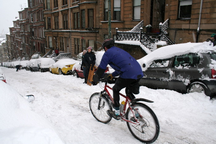 Cyclist made it down fine