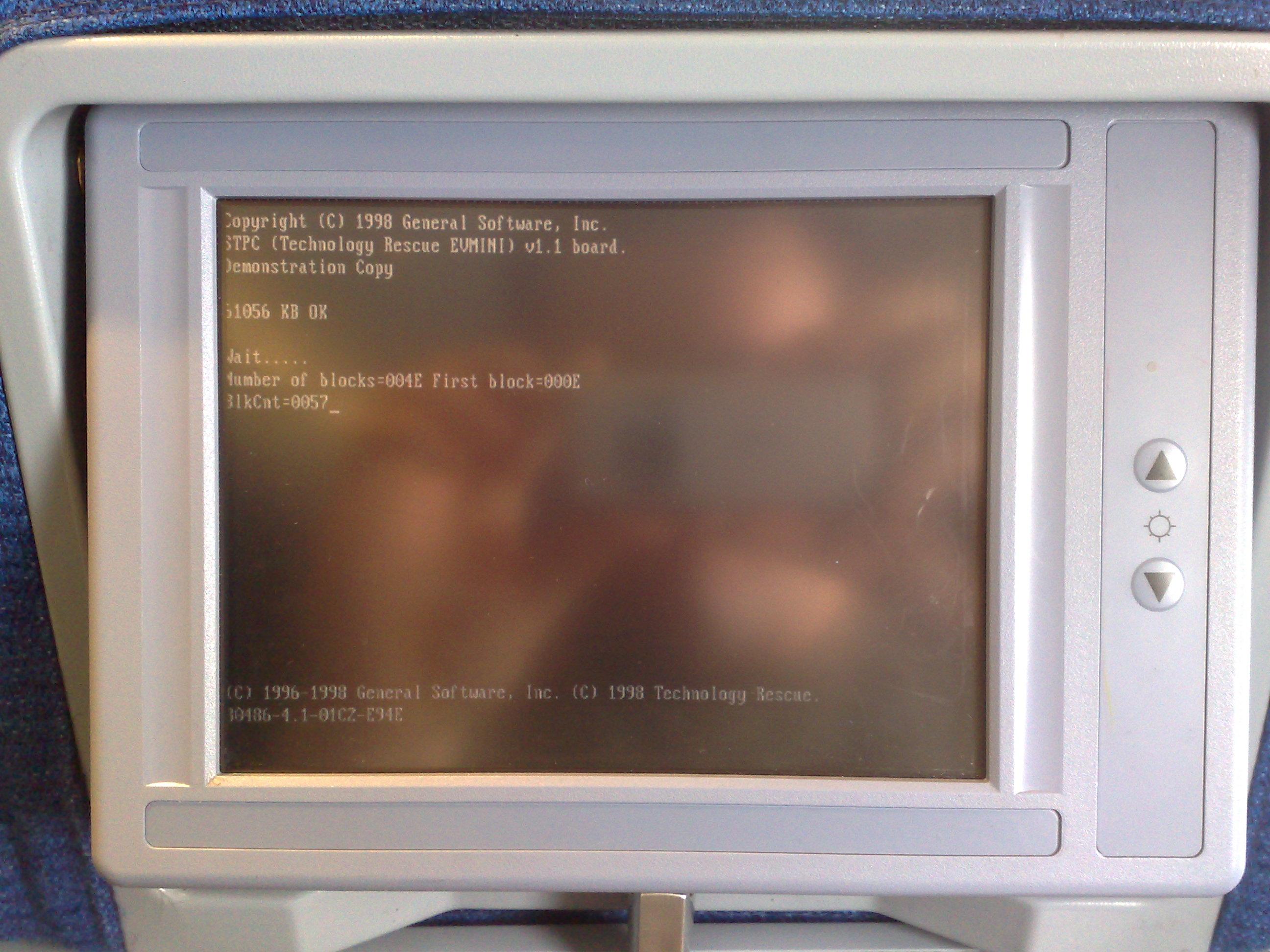 I Crashed the In-Flight entertainment - Demonstation Copy !!